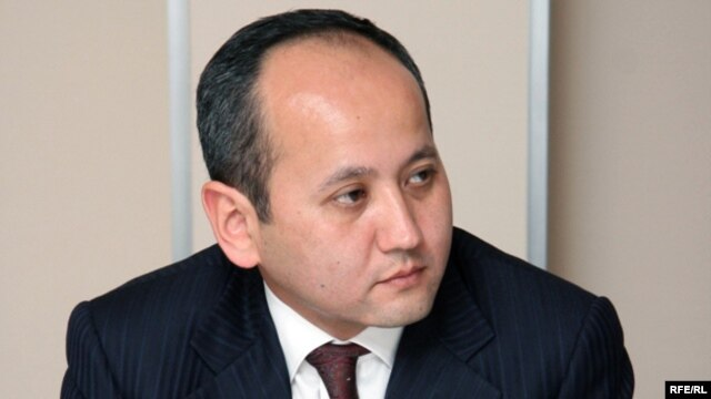 Fugitive Kazakh businessman Mukhtar Ablyazov (file photo)