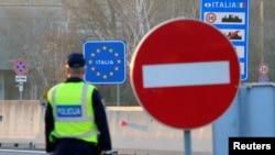 La granița Sloveniei cu Italia