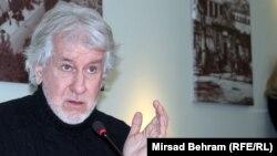 On traži svaki oblik nestabilnosti u regiji ili ovdje, kako bi se izvukao iz vlastitih problema: Bajtal