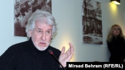 Još uvijek u području licemjerja, moralnog, političkog i svakog drugog: Esad Bajtal