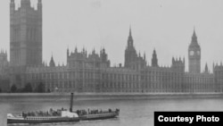Parlamentul britanic în epocă (Foto: Biblioteca Centrală Universitară, Iași)