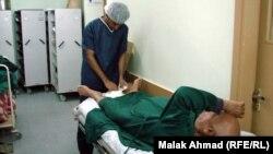 ممرض في احدى مستشفيات بغداد