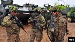 """Солдаты НАТО на учениях """"Анаконда-16"""" на севере Польши"""