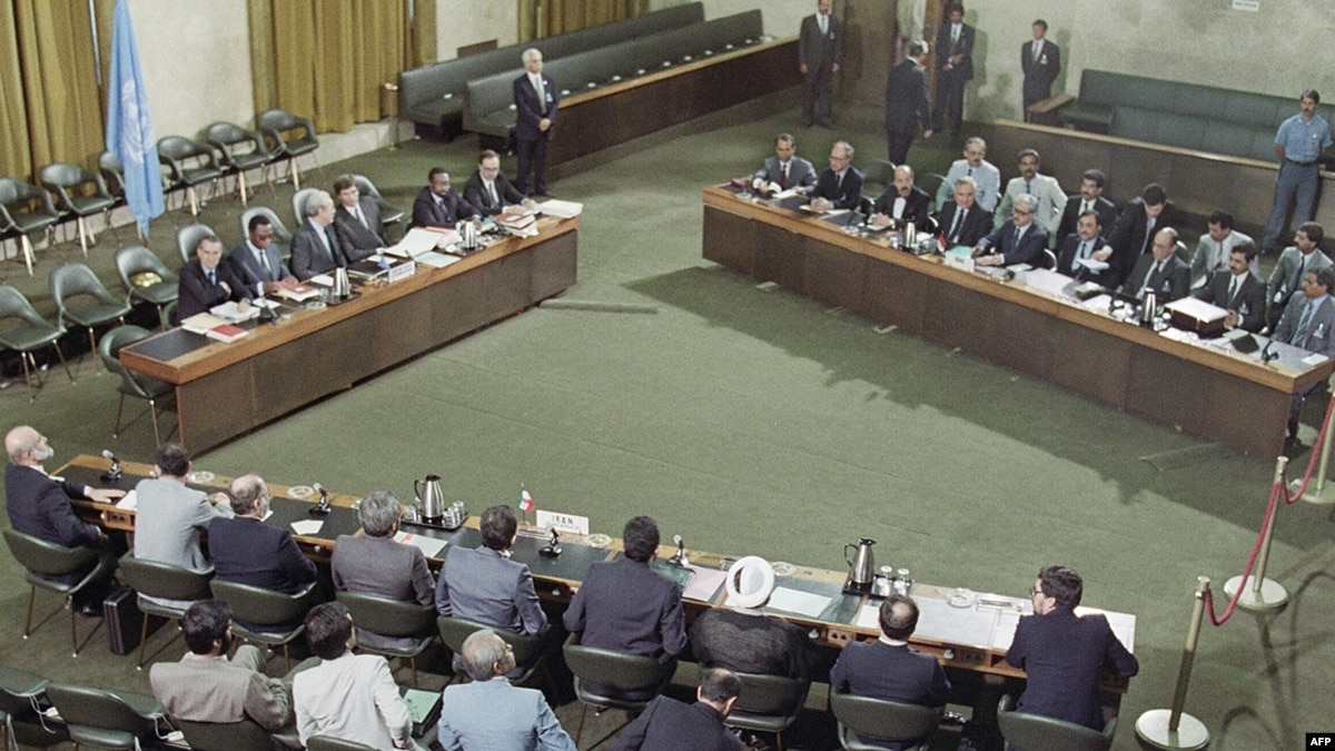 В возрасте 100 лет скончался бывший генеральный секретарь ООН Хавьер Перес де Куэльяр