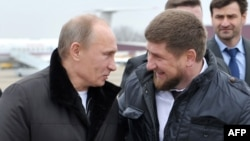 Russian President Vladimir Putin (left) and Chechen leader Ramzan Kadyrov