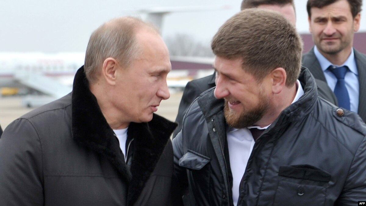Kadyrov urged to vote for the image of Grozny and Derbent on new banknotes 46