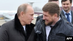 Russian President Vladimir Putin (left) and Chechen leader Ramzan Kadyrov (file photo)