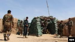 Афганские военные в районе провинции Гильменд, апрель 2016 года.