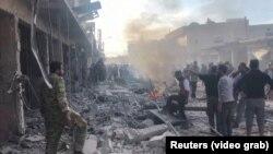 انفجار یک خودروی بمبگذاری شده در شهر مرزی تل ابیض در شمال سوریه.