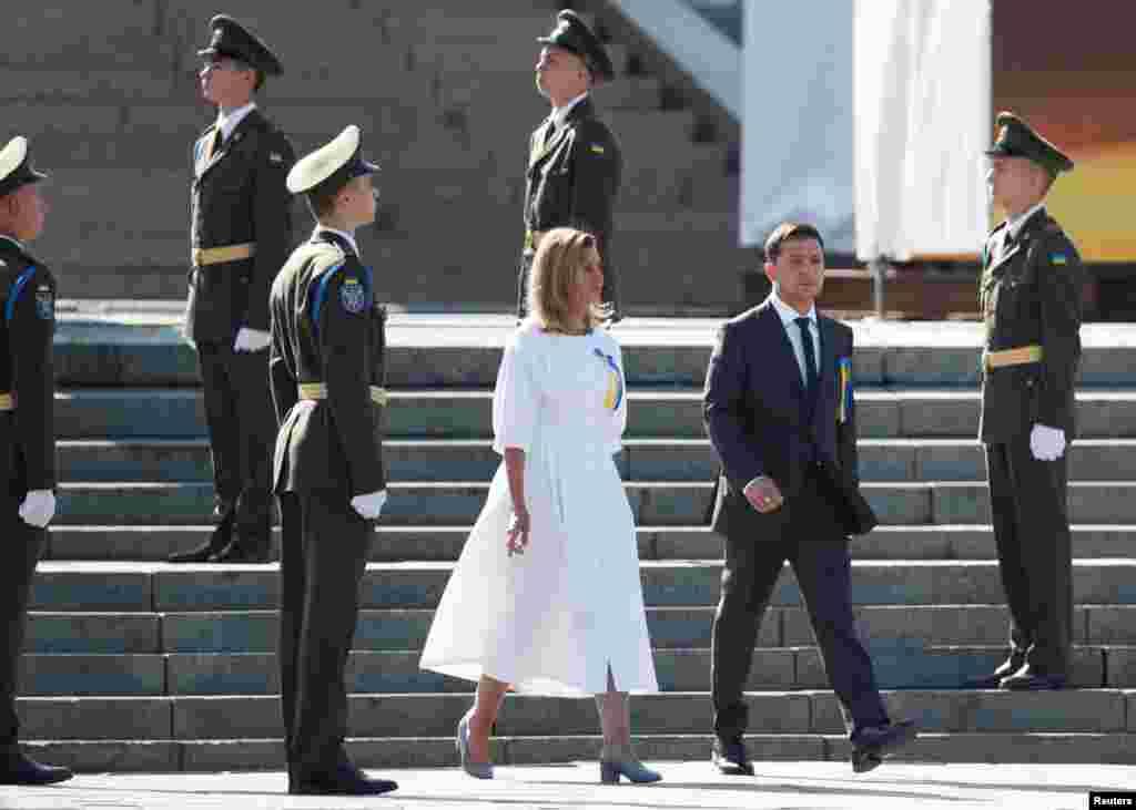 Президент разом із дружиною ОленоюЗеленською