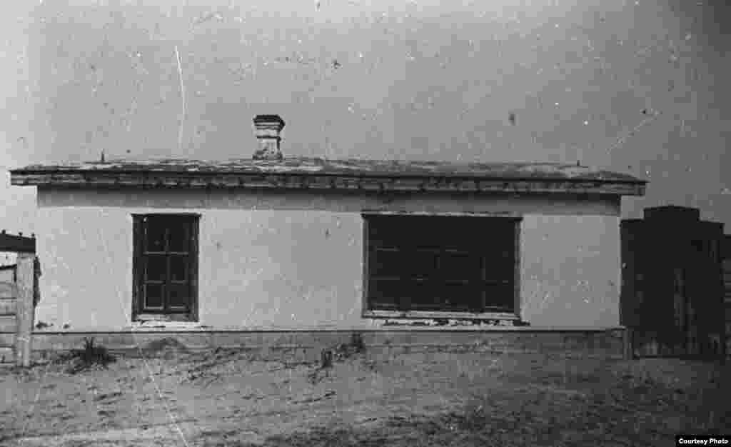 Бөкей Ордасында ашылған оқу орындарының бірі. 19-ғасырдың екінші жартысы.