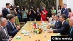 Свой визит Бидзина Иванишвили начал с Литвы, которая с этого месяца стала страной, председательствующей в Совете Европы