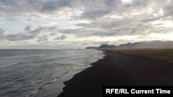 Тихоокеанское побережье Камчатки. Фрагмент видео.