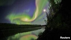 Поляр шұғыласы. Канада. 3 қыркүйек, 2012 жыл