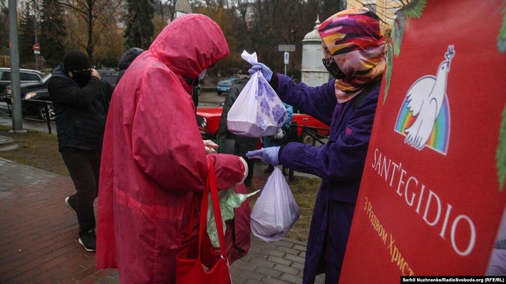 Подарунки волонтери зібрали завдяки проекту «Таємний Санта», до якого долучилося більше 1500 людей.
