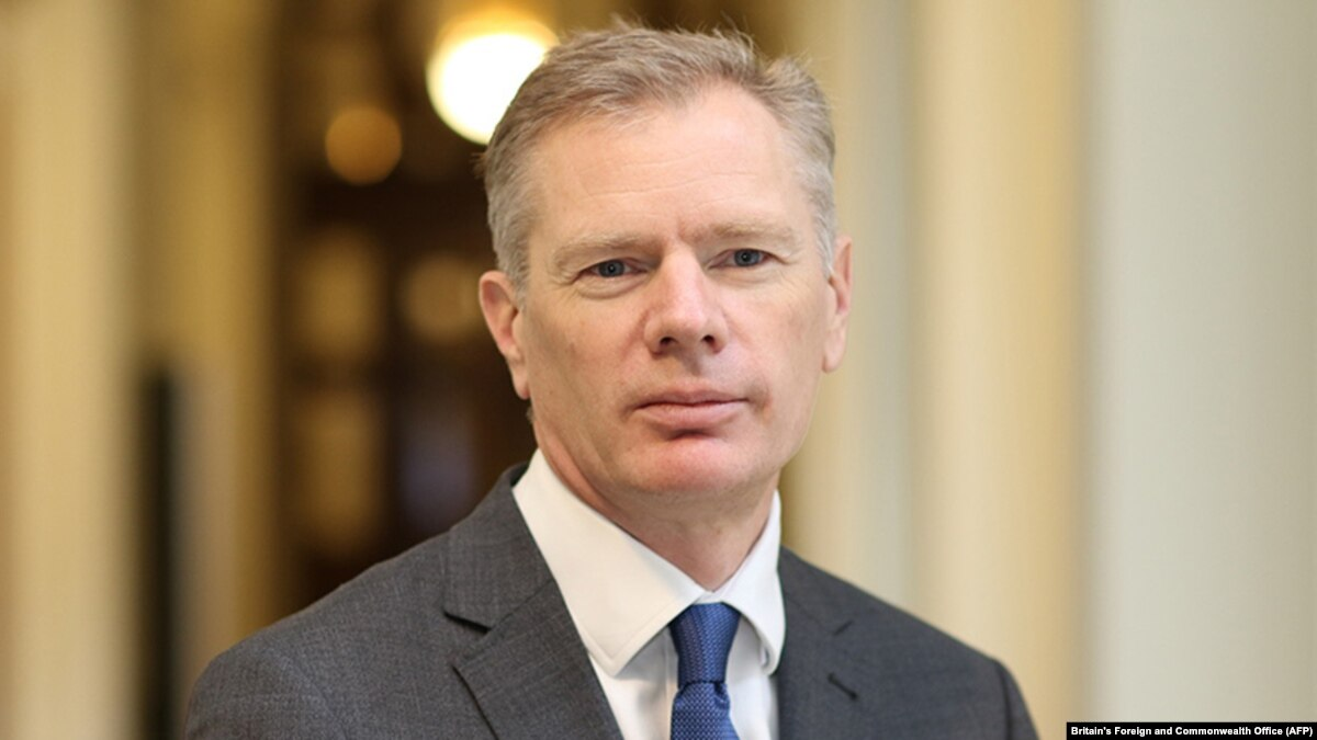 Посол Британии уехал из Ирана