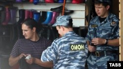 """Садовод"" базарында полиция рейды"