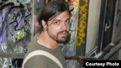 """Иво Бару - член на Движењето за социјална правда """"Ленка"""" и на иницијативата """"Заедно за мир""""."""