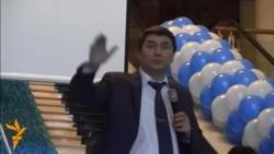 Сӯҳбати Саидмурод Давлатов дар Душанбе