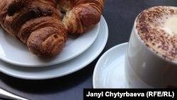 """В сети кофеен Donuts Day в Махачкале """"американо"""" в меню все же переименовали в """"русиано"""""""