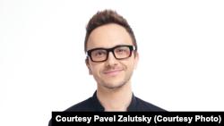 Беларускі стэндап-комік Павел Залуцкі