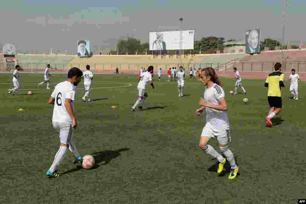 Afghan players practicing in Kabul on September 2.