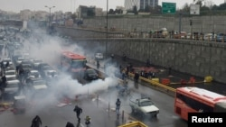 Protesters in Tehran block highways on November 16, 2019
