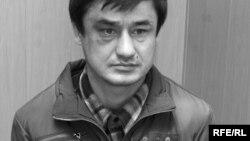 Рашид Раззоқов.