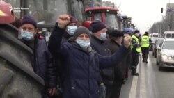 Protestul agricultorilor. Ziua a III-a: Am început să fim intimidați. Două mașini ale unui fermier, incendiate