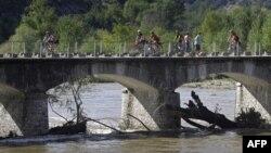 Un pod în Franța lîngă Ruoms