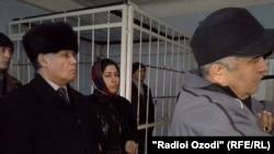 Шухрат Кудратов на оглашении приговора в зале суда города Душанбе, 13 января 2015 года.