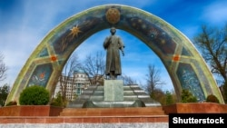 A monument to Rudaki, called the father of Persian poetry, in Rudaki Park in the Tajik capital, Dushanbe