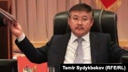 Акматбек Келдибеков.