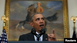 """U.S President Barack Obama warns the """"world will be watching"""" to see if Russia complies with truce in Syria."""