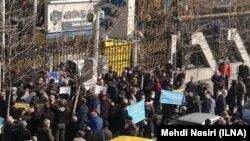 تجمع بازنشستگان و مستمریبگیران تامین اجتماعی در تهران در روز هفتم بهمن
