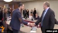 Намерен ли Георгий Маргвелашвили учесть советы грузинских правозащитников, неизвестно. Но президент пообещал сегодня, что будет встречаться с ними регулярно