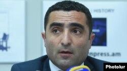 Романос Петросян
