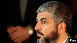 خالد مشعل، رییس تشکیلات سیاسی حماس، در سوریه ساکن است و محمود عباس برای حل مشکل دولت حماس با وی دیدار می کند.