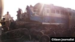 Рельстен шығып кеткен пойыз вагондары. Өзбекстан, 21 тамыз 2009 жыл. (Көрнекі сурет).