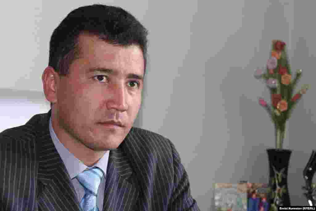 Ош облустук администрациянын башкы адиси Сайпидин Момунов