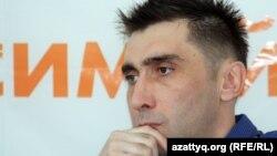 Құқық қорғаушы Вадим Курамшин. Алматы, 31 тамыз 2012 жыл.