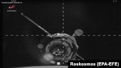 Кадр из трансляции стыковки корабля «Союз МС-14» с МКС.