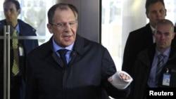 Төркиядә кулын сындырган Сергей Лавров Брюссельдә НАТО тышкы эшләр министрлары белән очраша
