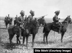 Militari indieni din armata britanică pe Frontul de Vest (Foto: Public domain)