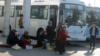 На базарах Ашхабада началась беспрецедентная борьба с нелегальным обменом валюты