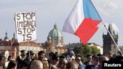 La o demonstrație împotriva imigranților