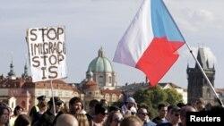 Sa jednog od protesta protiv migranata, Prag, ilustrativna fotografija