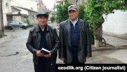 Правозащитник Фахриддин Тилляев (справа) с коллегой Агзамом Тургуновым в день своего освобождения из тюрьмы.