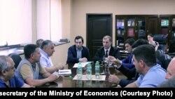Важным направлением для вложения средств министр экономики назвал организацию бесплатного доступа к сети интернет в общественных местах