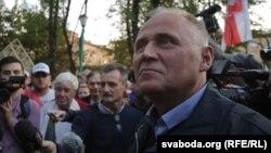 Мікалай Статкевіч, архіўнае фота